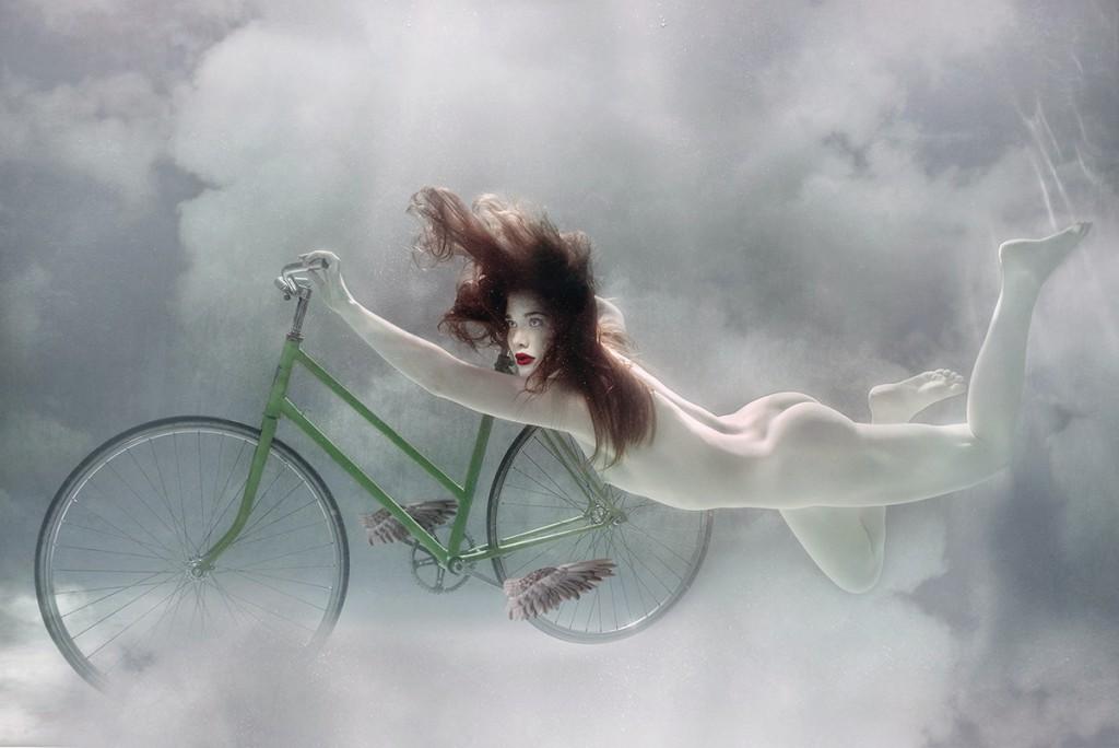 ElaWlodarczykCyclingGladiatorCloudF